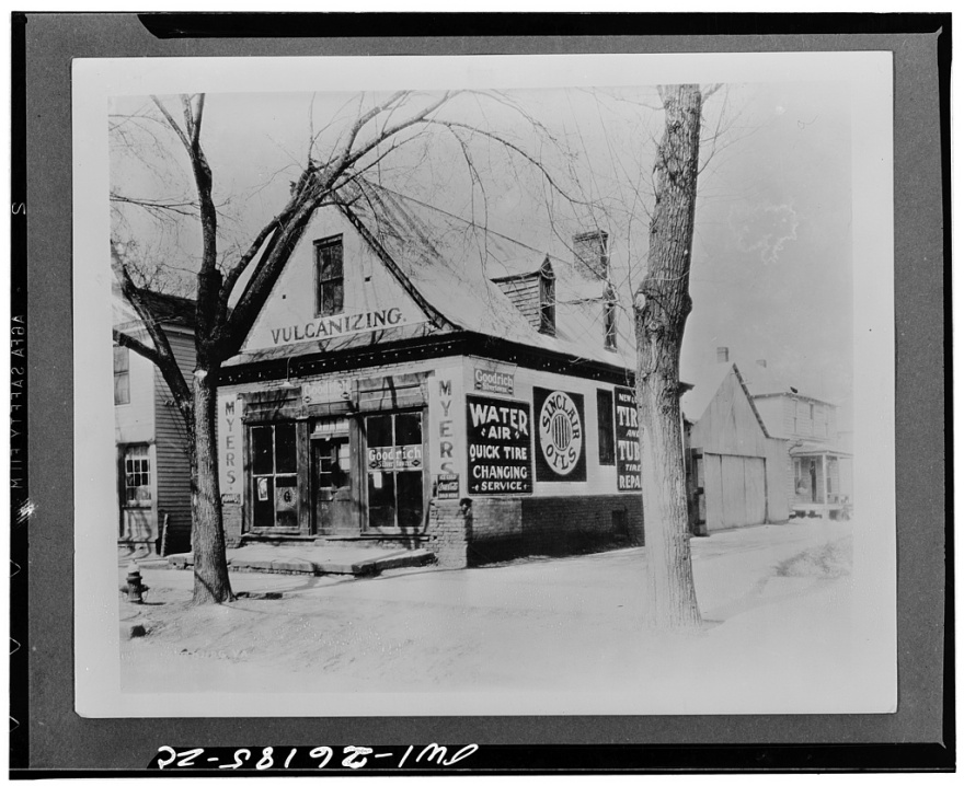 Prentis Store before restoration, ca. 1928 (erroneously labeled Barber ...
